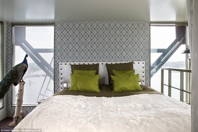 amsterdams-crane-hotel-2