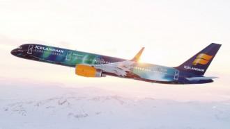 icelandair-hekla-aurora-1