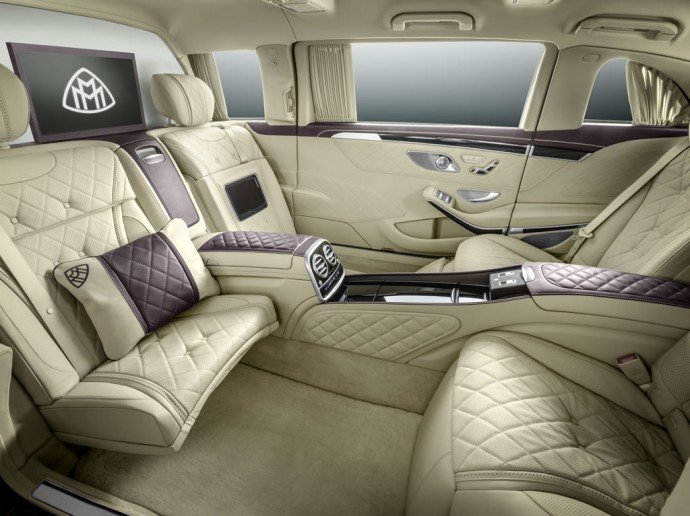mercedes-maybach-pullman-3