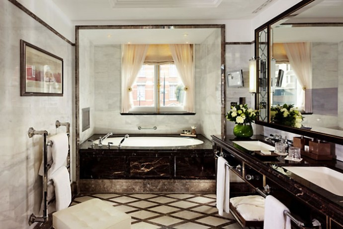Knightsbridge suite Bathroom