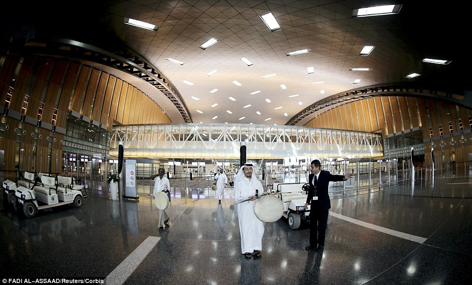 Take a journey through Qatar's Hamad International Airport - The world's most lavish airport : Luxurylaunches