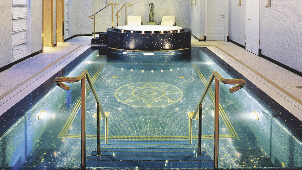 We pick the 5 best luxury hotels in berlin - Indoor swimming pool berlin ...