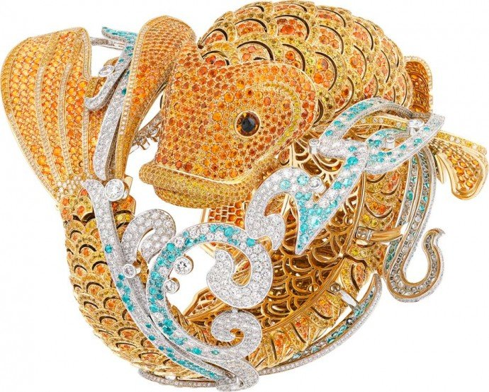 van-cleef-arpels-carpe-koi-secret-watch-2