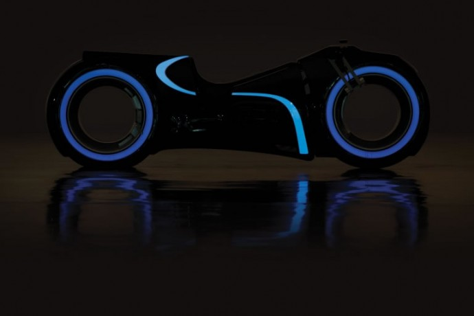 andrews-collection-tron-light-cycle-4