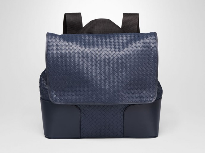 bottega-veneta-messenger-bag-1