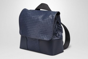 bottega-veneta-messenger-bag-2
