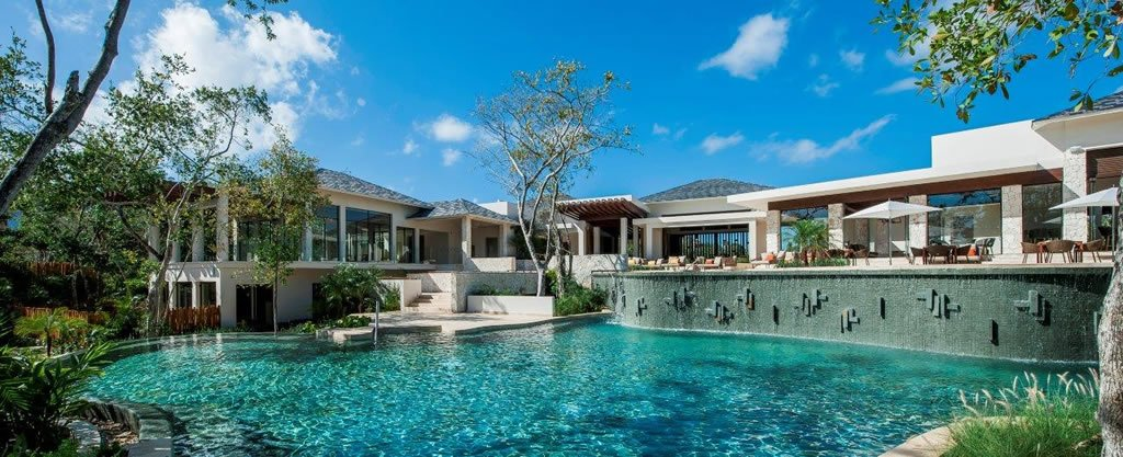 The Fairmont Heritage Place Mayakoba Is Your Next Fantasy Holiday Destination