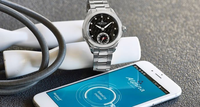 frederique-constant-horological-smartwatch-3