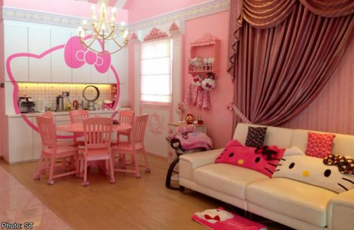 a woman in singapore has dedicated her home to hello kitty. Black Bedroom Furniture Sets. Home Design Ideas
