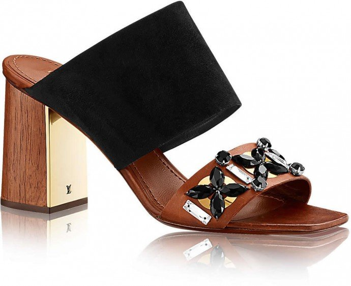 louis-vuitton-artful-mule-shoes