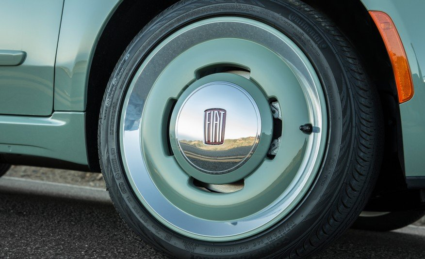 2015-Fiat-500C-1957-Edition-3