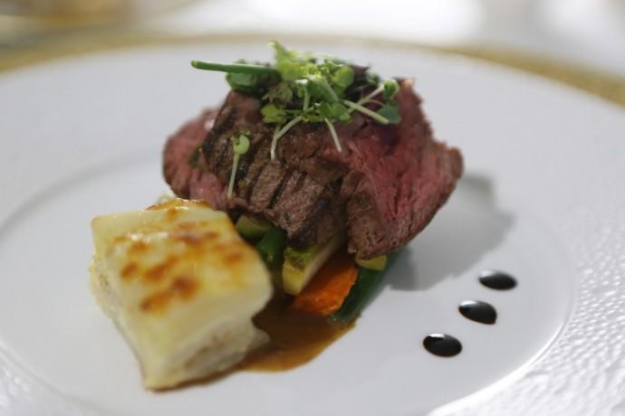 etihad-residence-food