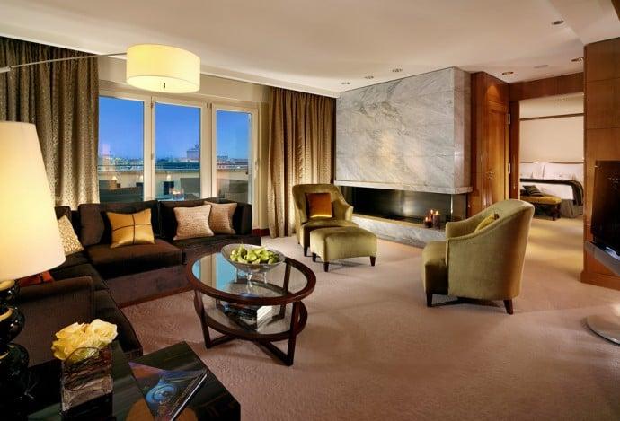 Oriental Suite - Living Room