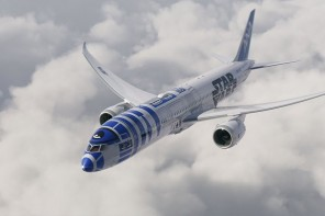 r2-d2-ana-787-dreamliner-2