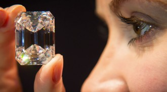 sotheby-perfect-100-carat-diamond-01