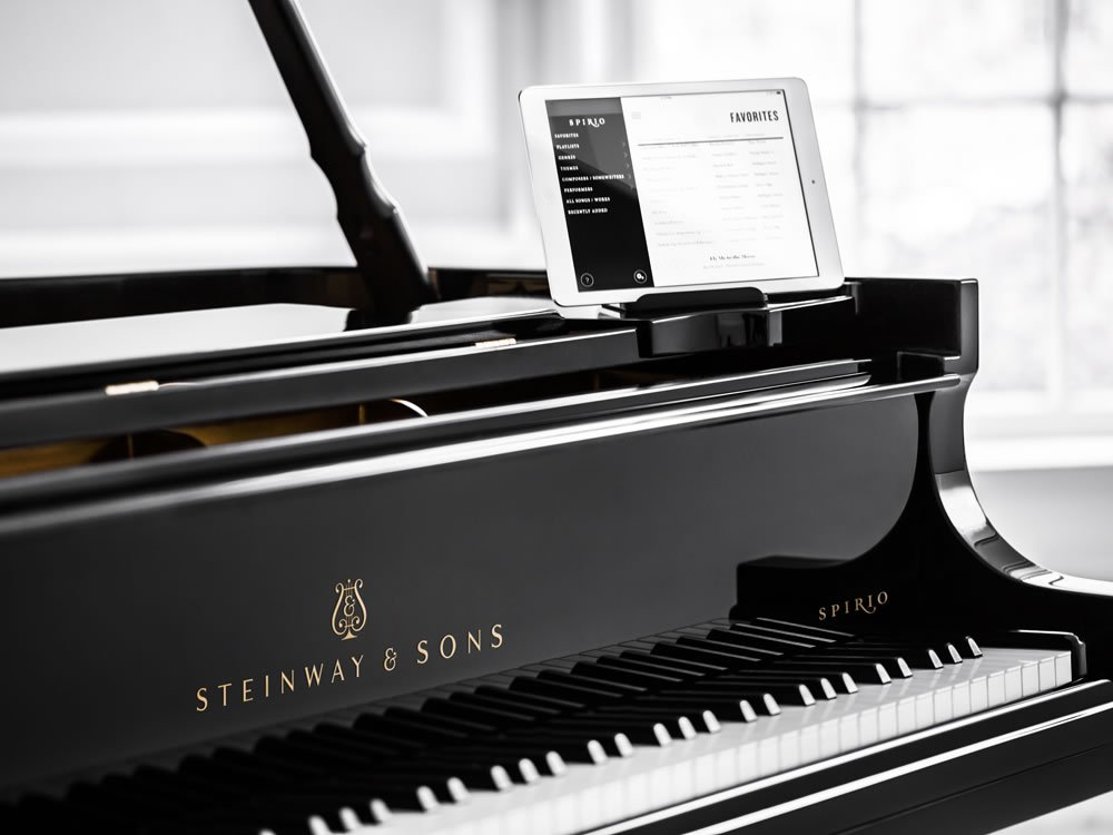 steinway sons spirio self playing piano tries to deliver a true live performance like musical. Black Bedroom Furniture Sets. Home Design Ideas