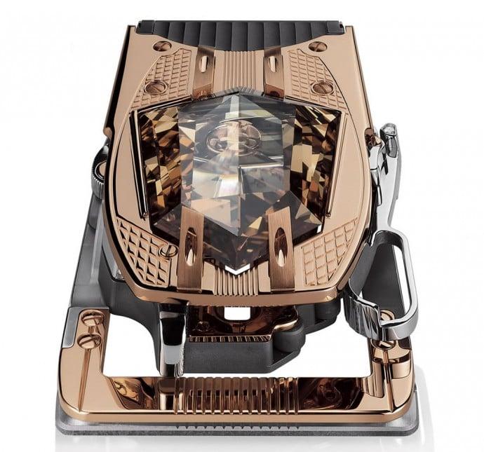 A-belt-buckle-that-features-60-carat-diamond-1
