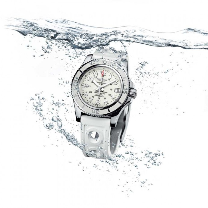 Breitling-watches-for-women_Superocean_II_36_Water