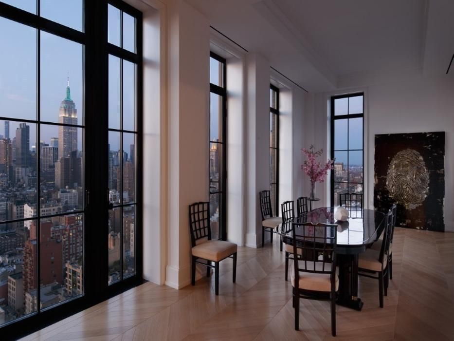 Manhattan s room with a view penthouse is up for grabs for for Penthouses for sale in manhattan