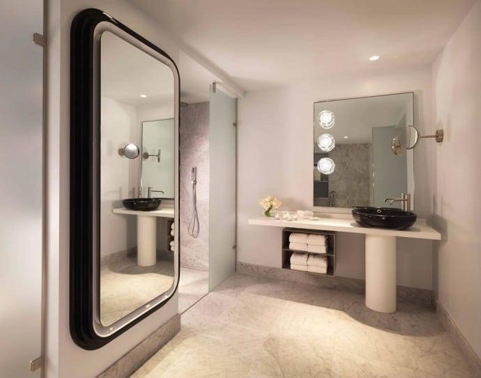 Mondrian London Riverview Balcony Suite Bathroom