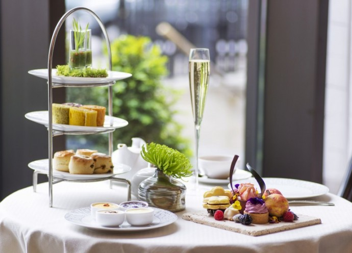 Scent-of-Summer-Afternoon-Tea
