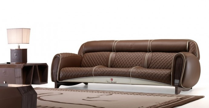 The-three-seater-Imola-sofa-2015