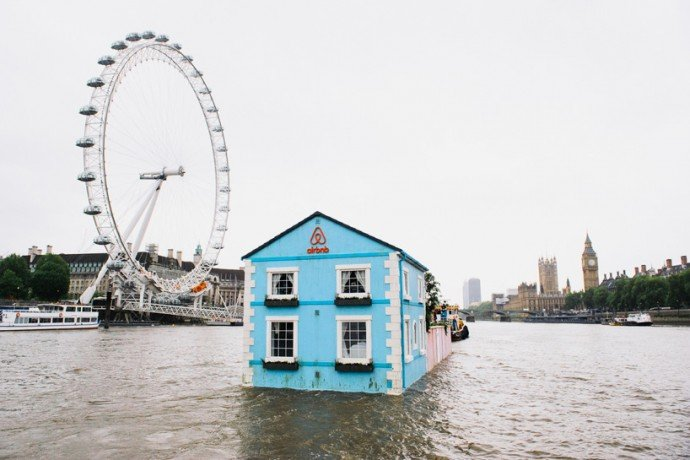 airbnb-floating-house-river-thames-london-2