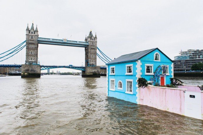 airbnb-floating-house-river-thames-london-4