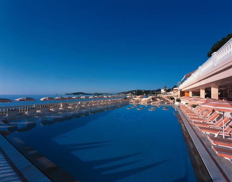 angle_swimming_pool
