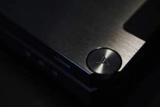 astell&kern-ak-380-touted-to-be-most-accurate-portable-player-7