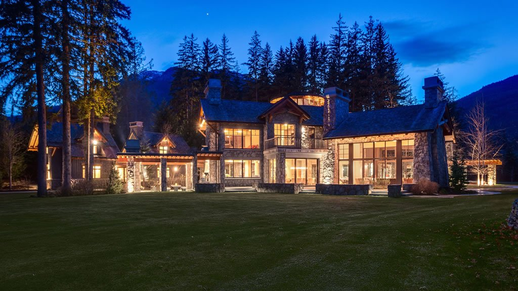 At 22 Million Here Is Canada S Most Expensive Holiday Home