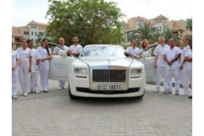 dental-clinic-offers-rolls-royce-pick-up-and-drop