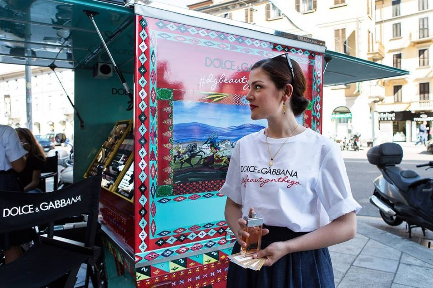 dolce-and-gabanna-rickshaw-3