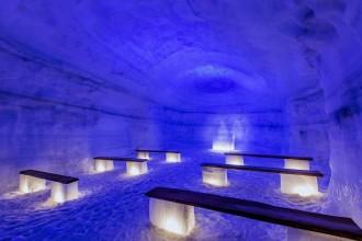 iceland-glacier-chapel