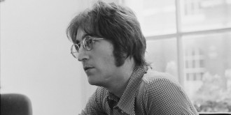 john-lenon-round-glasses-6