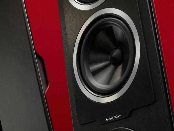 sonus-faber-chameleon-collection-incredibly-affordable-speakers-3