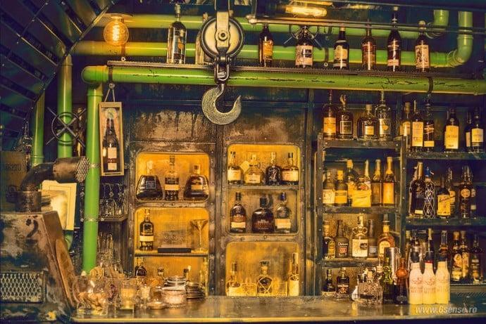 submarine-Steampunk-styled-pub-1