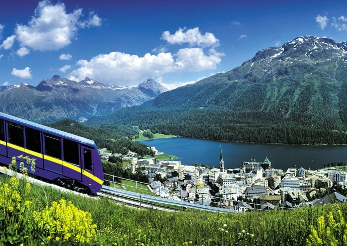 train-st-moritz-view-summer