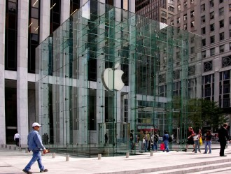 worlds-largest-Apple-store-1