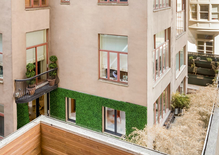 120 million triple townhouse goes on sale as new york for Most expensive real estate in nyc