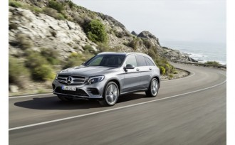 2016-Mercedes-Benz-GLC-1