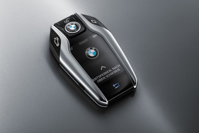 2016-bmw-7-series-keyfob-2