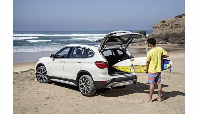 BMW-unveils-second-generation-X1-2