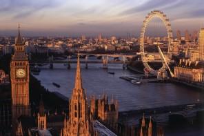Bit-of-Luxury-in-London-1