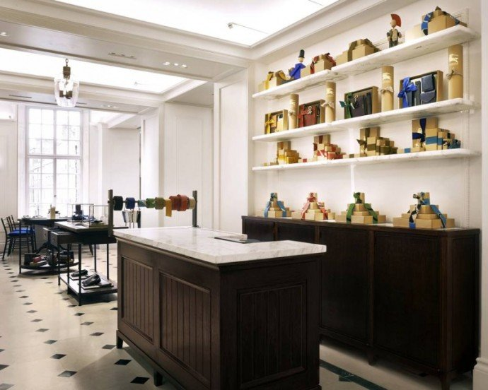 Burberry-cafe-London-flagship-5