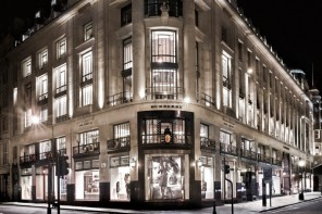 Burberry-cafe-London-flagship-6