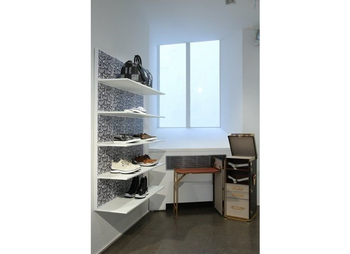 Colette-host-Louis-Vuittons-menswear-pop-up-store-06