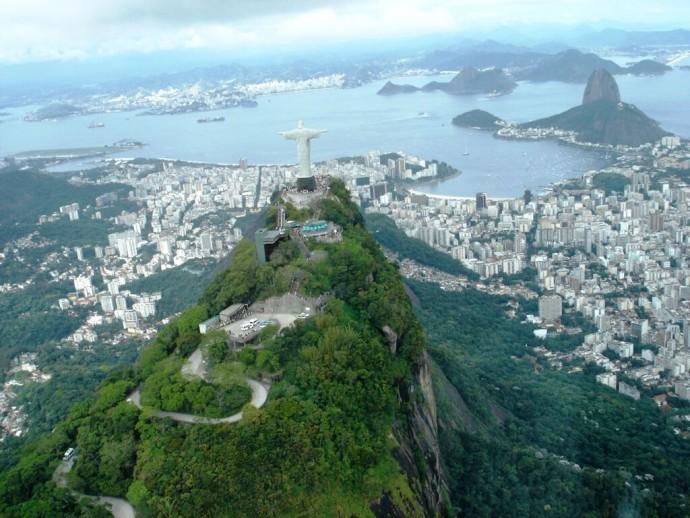 Corcovado-Cristo-Redentor_Rio-de-Janeiro_Brazil
