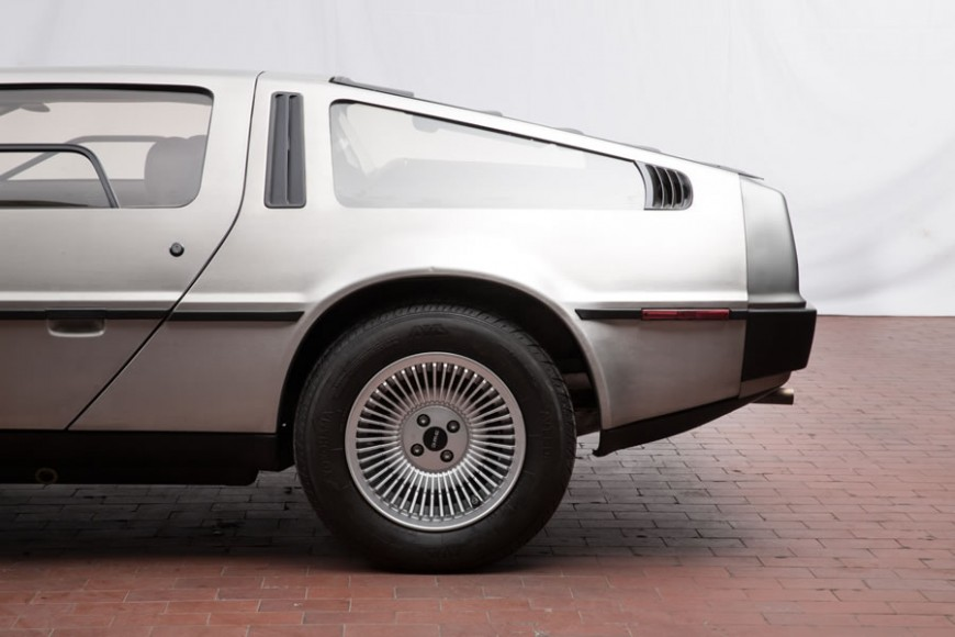 DeLoreans-DMC-12-auction-7