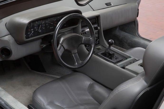 DeLoreans-DMC-12-auction-8